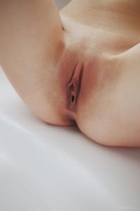 http://img108.imagetwist.com/th/08303/a2tm83j1fr1q.jpg