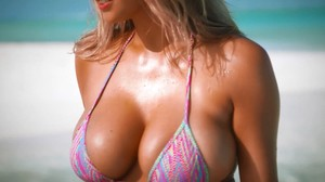 Kate Upton Prefers Tiny Bikinis - Sports Illustrated Swimsuit 1080p